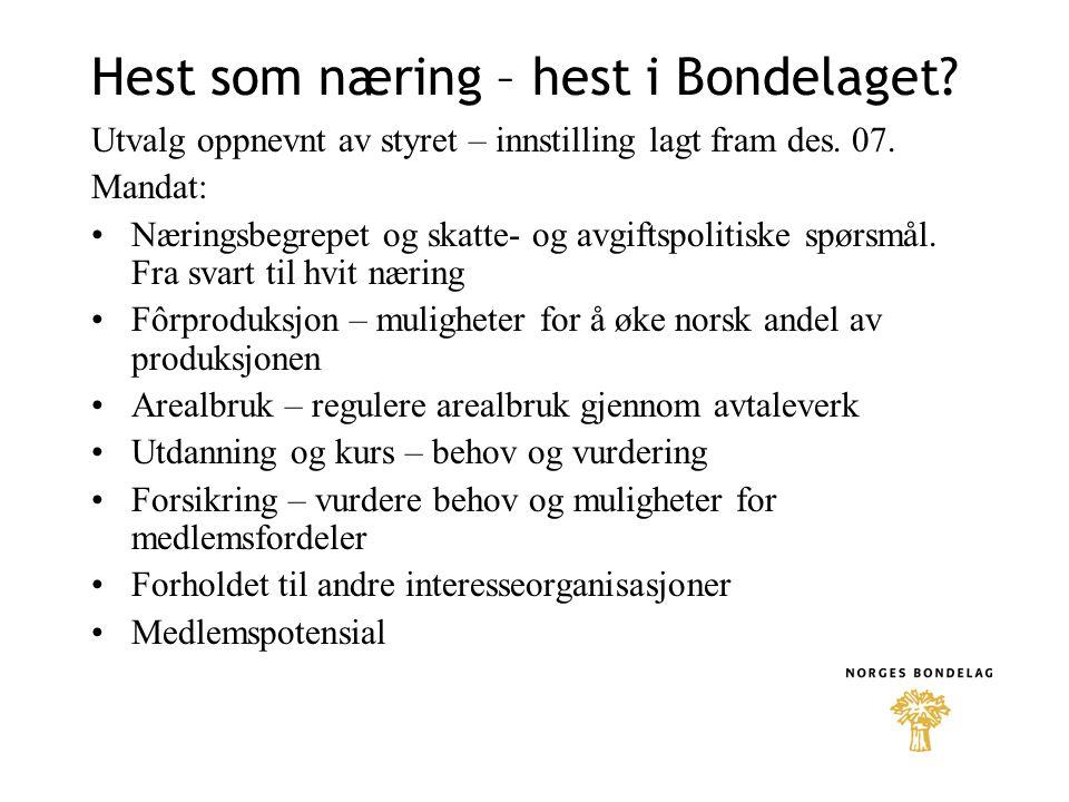 Hesteutval i Norges bondelag •Hestepolitisk utvalg har bestått av følgende medlemmer: •Nils T.