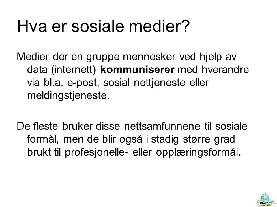 Sosiale medier skiller seg fra tradisjonelle medier (som er avsenderkontrollert), ved å være mer uformelle og brukerstyrte.