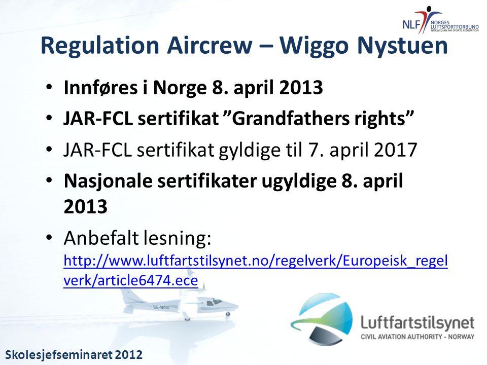 """• Innføres i Norge 8. april 2013 • JAR-FCL sertifikat """"Grandfathers rights"""" • JAR-FCL sertifikat gyldige til 7. april 2017 • Nasjonale sertifikater ug"""
