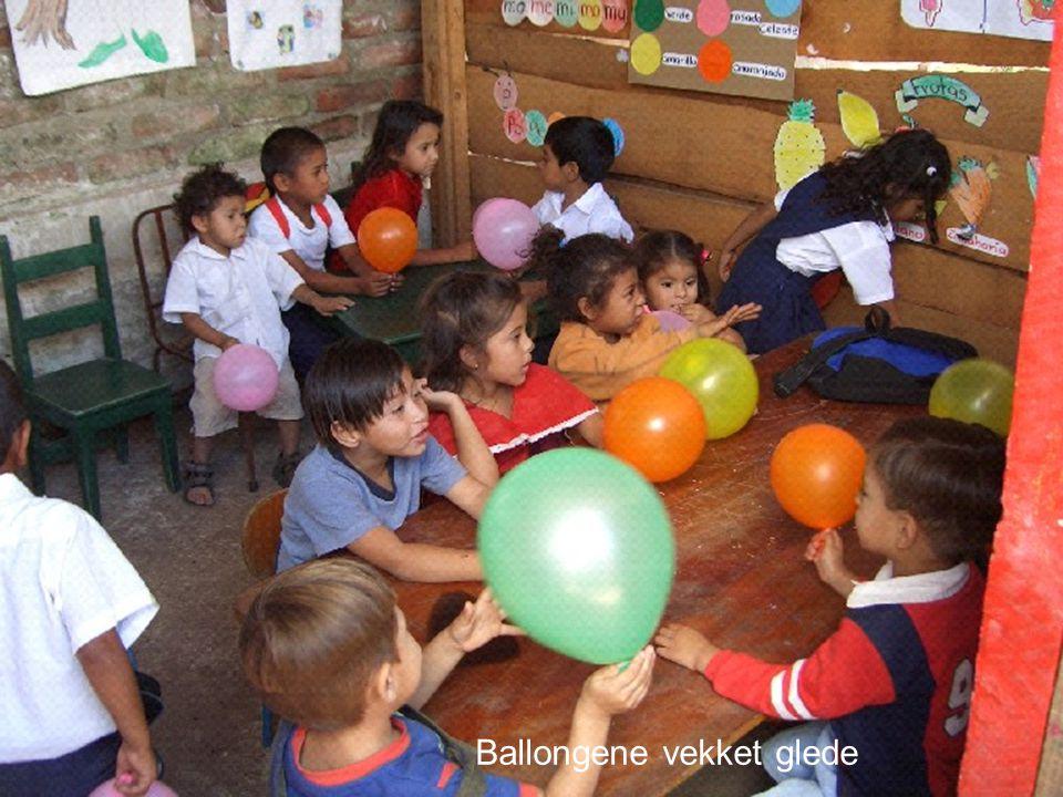 Ballongene vekket glede