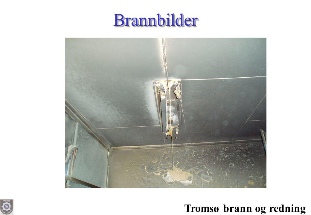 Tromsø brann og redning Slokkemidler – klasser Extinguishants - classes •Slokkemidler deles inn i forskjellige klasser: –A= Egnet mot brann i tre, papir, tekstiler og andre fiberstoffer –B= Egnet mot brann i bensin, fett, olje og andre brennbare væsker –C= Egnet mot brann i gasser –D= Egnet mot brann i metaller –F = Frityrgryter •Extinguishants are divide into different classes –A= Suitable for fire in wood, paper, textiles and other fibre substances –B= Suitable for fire in gasoline, fat, oil and other inflammable liquids –C= Suitable for fire in gases –D= Suitable for fire in metals –F= Suitable for fire in fat