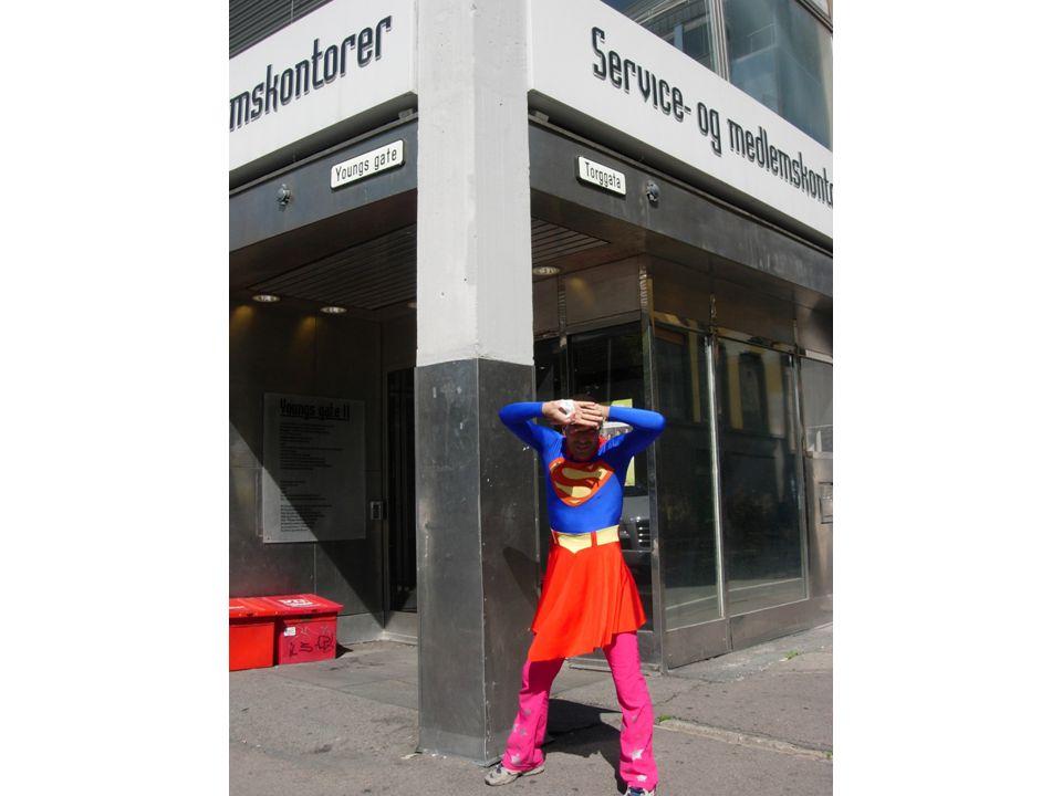 NTL Sentralforvaltningen - kontaktinformasjon •Telefon: 22 20 82 45 •E-post: post@ntl-sf.no •Internett: www.ntl.no/sf •Facebook: NTL Sentralforvaltningen •Postadresse: Youngs gate 11, 0181 Oslo •Bes ø ksadresse: Folkets hus i Oslo, 5.