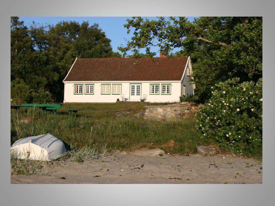Sørhagen var opprinnelig brukt av besteforeldre, foreldre og fettere og kusiner, i alt 16 personer.