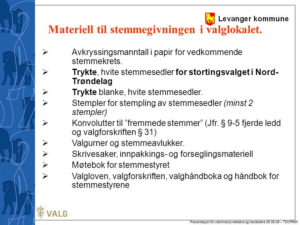 Materiell til stemmegivningen i valglokalet.