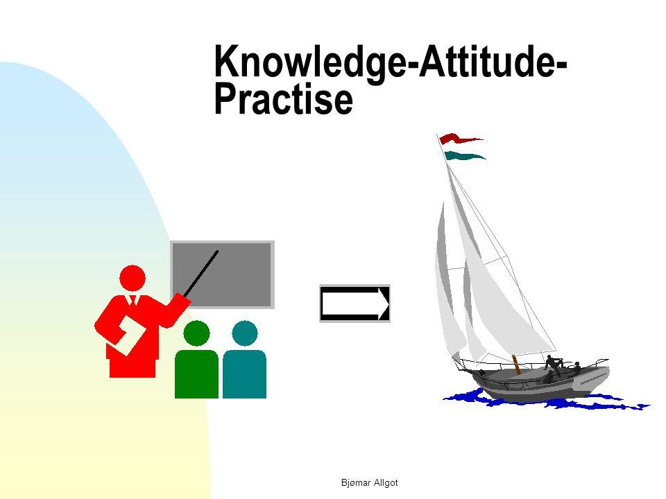 """Læringsmetoder n Tradisjonell opplæring med aktiv """"lærer og passive """"elever"""" fører ofte til at """"elevene"""" lærer passivitet. n Aktiv læring – med basis"""