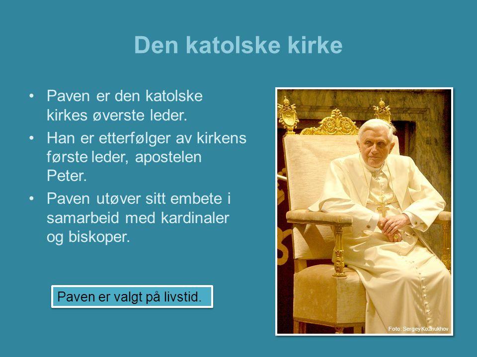Den katolske kirke Paven er også leder for Vatikanstaten.