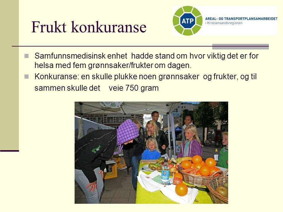 Frukt konkuranse  Samfunnsmedisinsk enhet hadde stand om hvor viktig det er for helsa med fem grønnsaker/frukter om dagen.  Konkuranse: en skulle pl