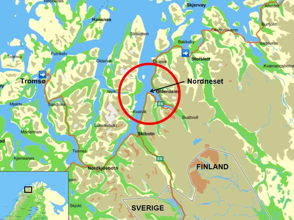 Skred /ras / tsunsmi – Lyngen i Troms •Nordnesfjellet i Kåfjord i Troms •Fjellpartiet beveger seg 4 – 5 cm pr år •22 mill kubikmeter steinmasse •45 m flodbølge - E6 blir borte – Norge i praksis delt i to - Flere bygder og tettsteder vasket bort - Tunneller.