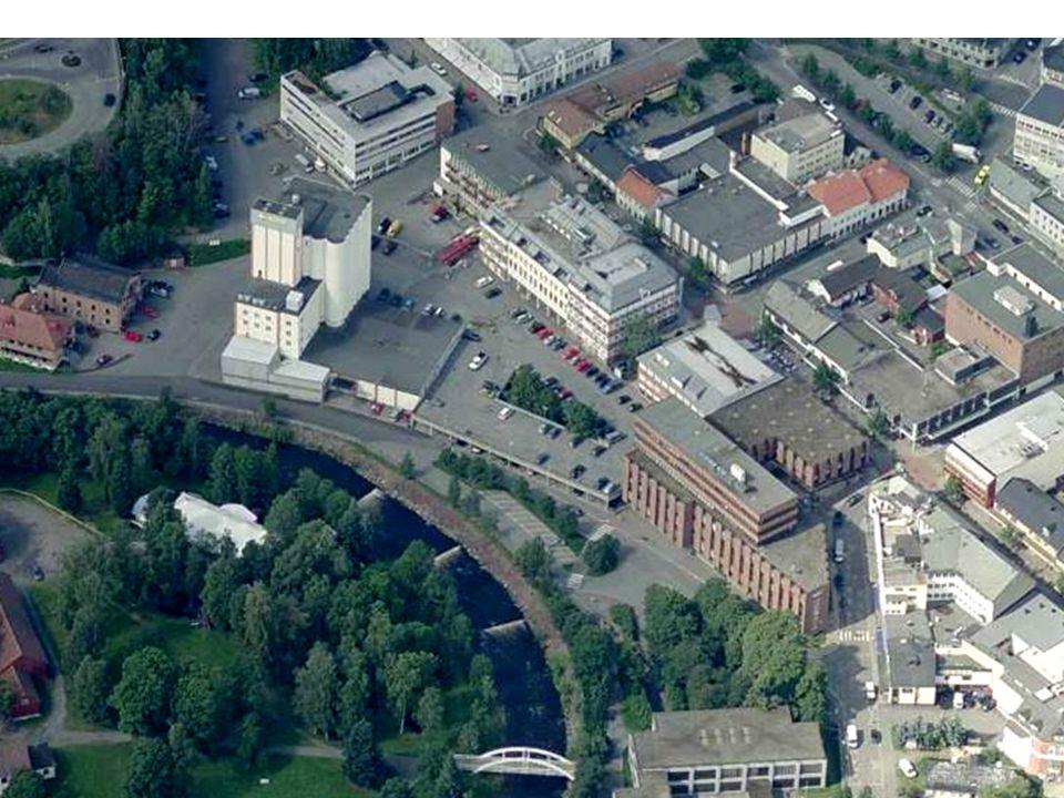 M ellom Riksveg 4 og Niels Ødegaards gate.