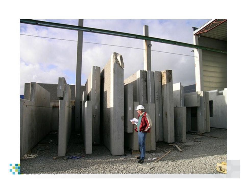 05/2011 Martin Visnes Transportoppdraget •Vogntog fra Høiland AS starter transport av 3 betongelementer - totalt 30 000 kg kl.