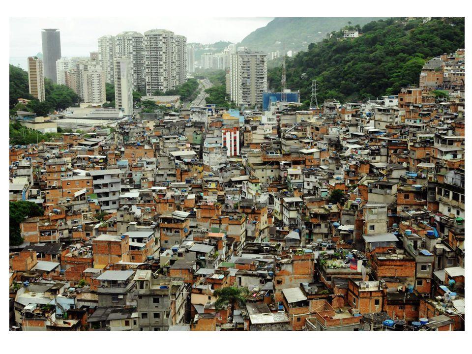 • Favela bilde