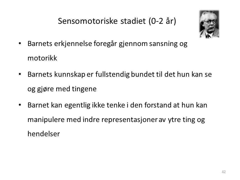 Magne Jensen 200842 Sensomotoriske stadiet (0-2 år) • Barnets erkjennelse foregår gjennom sansning og motorikk • Barnets kunnskap er fullstendig bundet til det hun kan se og gjøre med tingene • Barnet kan egentlig ikke tenke i den forstand at hun kan manipulere med indre representasjoner av ytre ting og hendelser