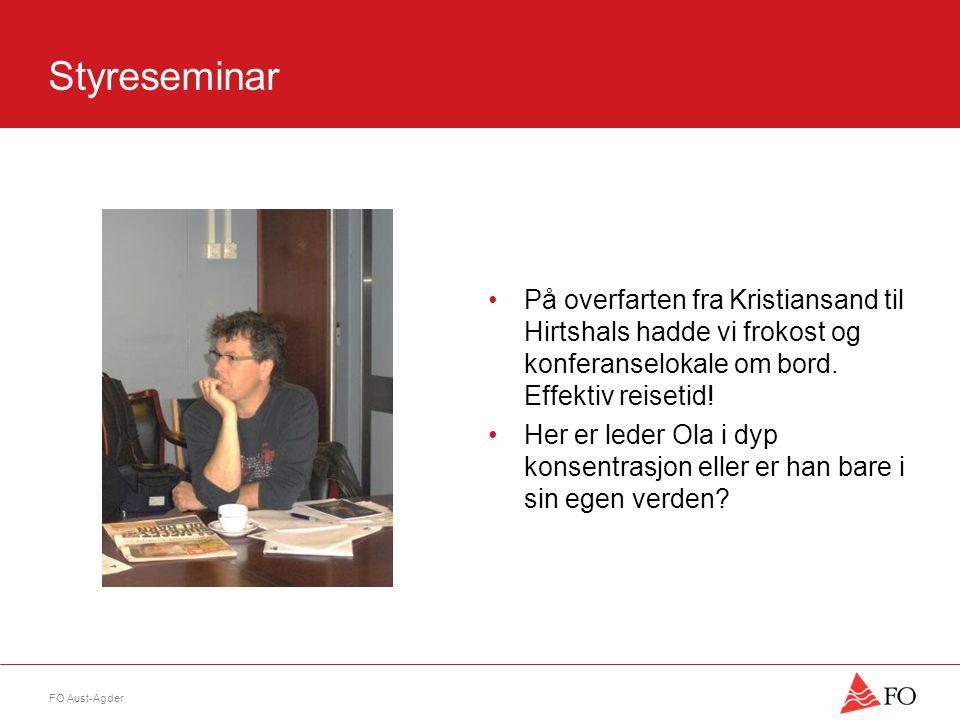 Styreseminar •På overfarten fra Kristiansand til Hirtshals hadde vi frokost og konferanselokale om bord. Effektiv reisetid! •Her er leder Ola i dyp ko