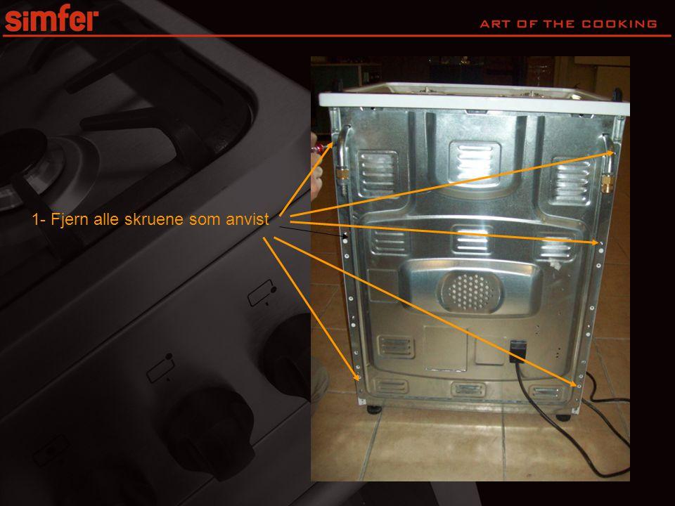 2- Fjern bak deksel fra ovnen • Obs det er montert en elektrisk tilkobling i dekselet.