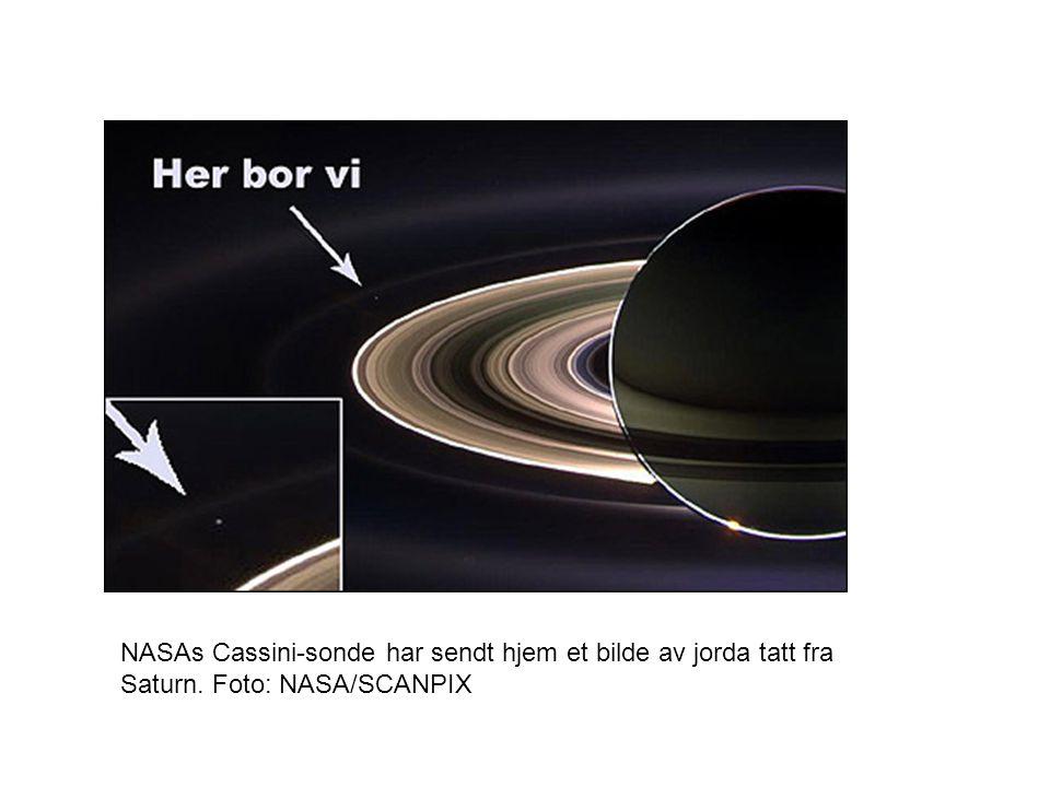 NASAs Cassini-sonde har sendt hjem et bilde av jorda tatt fra Saturn. Foto: NASA/SCANPIX