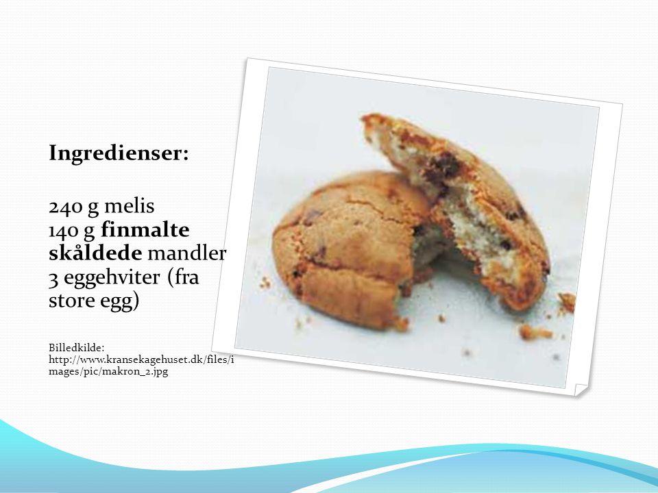 Ingredienser: 240 g melis 140 g finmalte skåldede mandler 3 eggehviter (fra store egg) Billedkilde: http://www.kransekagehuset.dk/files/i mages/pic/makron_2.jpg
