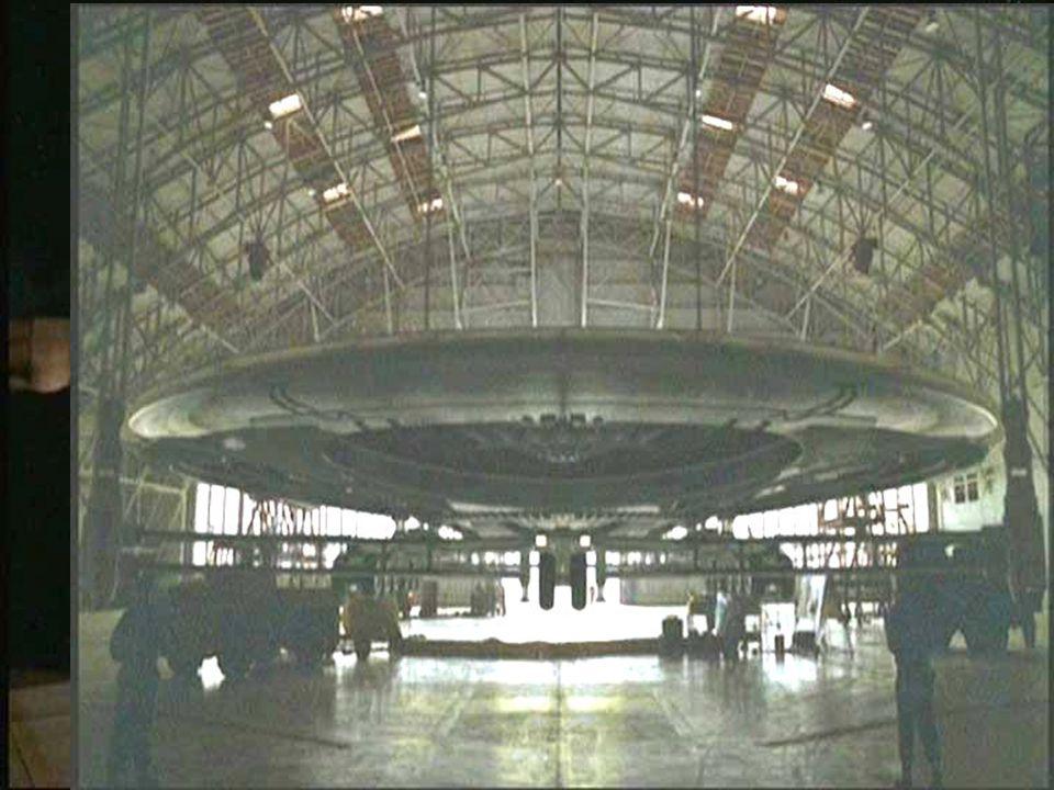 Militæret legger lokket på *Mange ufo-s ble observert under/ rett etter 2.vkrig *noen fartøyer falt ned fra 1947 (radar) *dette ble straks militære hemmligheter *kalde krigen og ideer til nye våpen
