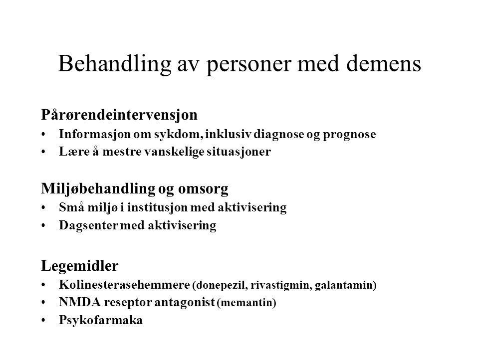 Behandling av personer med demens Pårørendeintervensjon •Informasjon om sykdom, inklusiv diagnose og prognose •Lære å mestre vanskelige situasjoner Mi