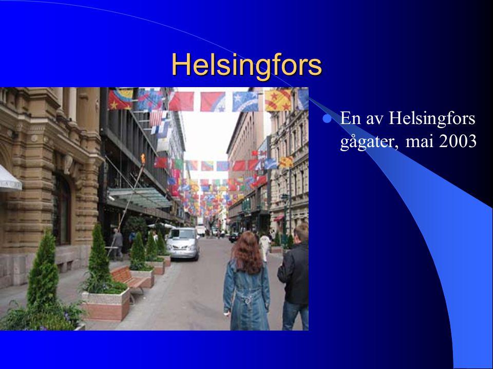 Helsingfors  En av Helsingfors gågater, mai 2003
