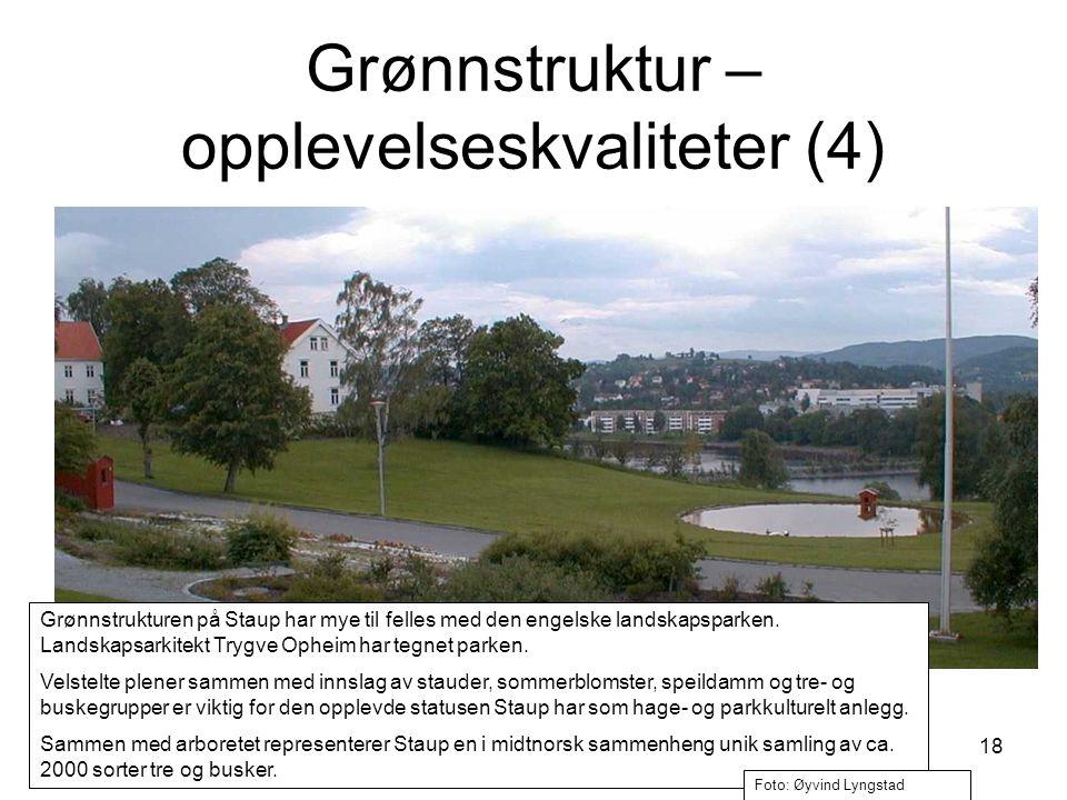 18 Grønnstrukturen på Staup har mye til felles med den engelske landskapsparken. Landskapsarkitekt Trygve Opheim har tegnet parken. Velstelte plener s