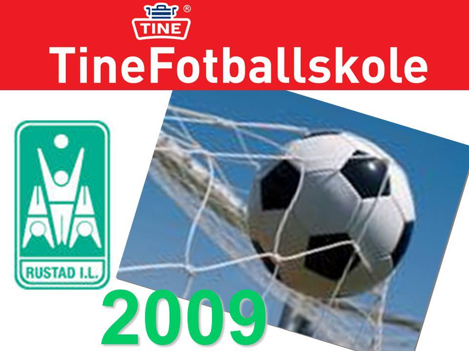 2009 Rustad takker alle som bidro til en vellykket fotballskole.