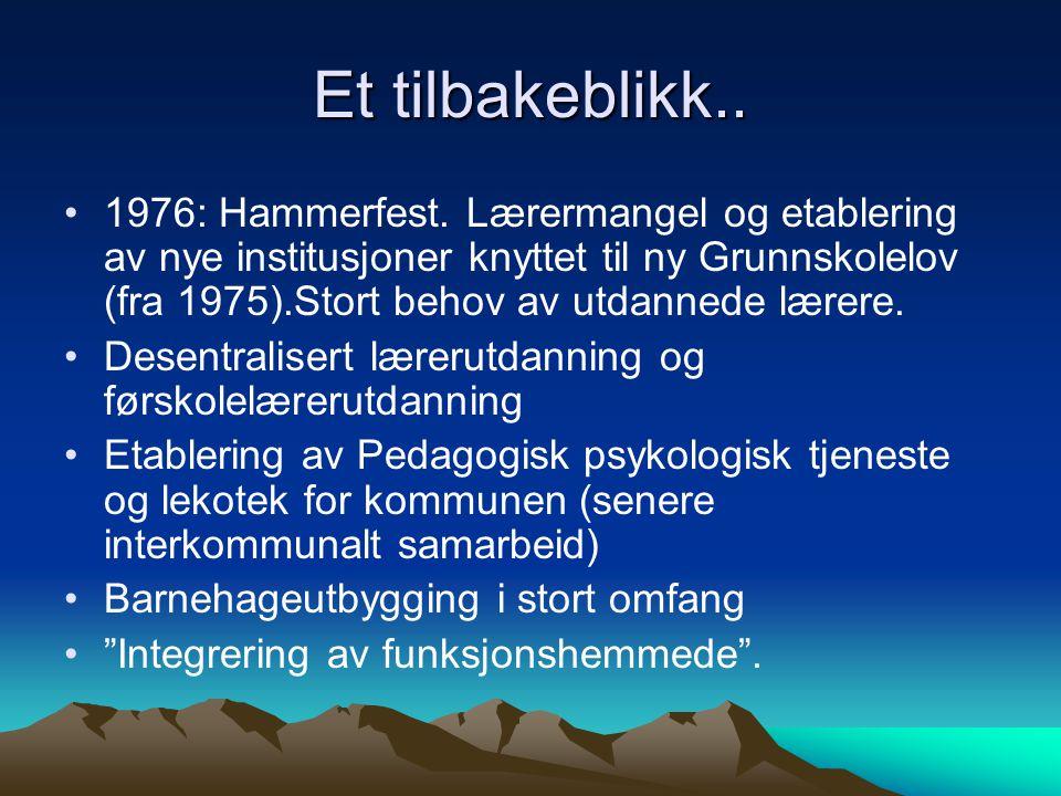 Framtidsutfordringer for grunnskolen og videregående i Finnmark Lærermangel: Se tilbake på tidligere erfaringer med ulike former for arbeidsplassbaserte utdanninger.