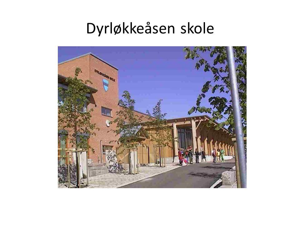 Bakgrunn Sommeren 2007: Kommunen stengte Underhuset for oppussing.