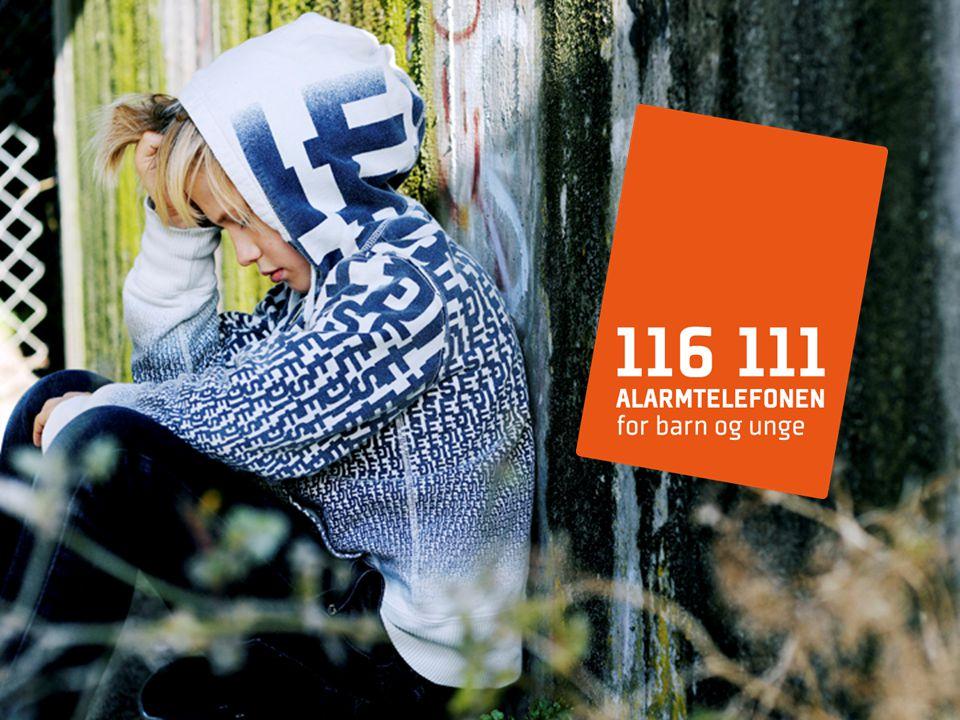 Nødnummer for barn og unge Gratis å ringe Åpent når barneverntjenesten er stengt fra kl.1500-0800 og døgnåpen i helger og på helligdager Etablert sommeren 2009 Forankret i regjeringens handlingsplan Mot vold i nære relasjoner - Vendepunkt 2008-2011 Drives av Barnevernvakta i Kristiansand kommune på oppdrag fra BLD sammen med de 14 største barnvernvaktene i Norge Felles telefonnummer i EU hvor barn kan få hjelp Hva er Alarmtelefonen?