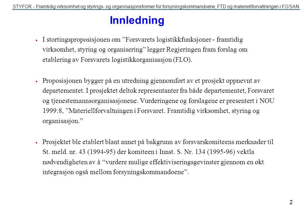 STYFOR - Framtidig virksomhet og styrings- og organisasjonsformer for forsyningskommandoene, FTD og materiellforvaltningen i FO/SAN 13 «Sentral» organisasjon Sjef IUO Stab Total prosjekt 1 Total prosjekt 2 Controller Prog.omr Landsys Prog.omr Sjøsys Prog.omr PSO Total prosjekt n Felles avdeling Prog.omr Luftsys Prog.omr IK og KKI Hovedalternativ 2a (forts.) PSO - Personell, system, organisasjon IK - Informasjonskrig KKI - Kommando/kontroll informasjon