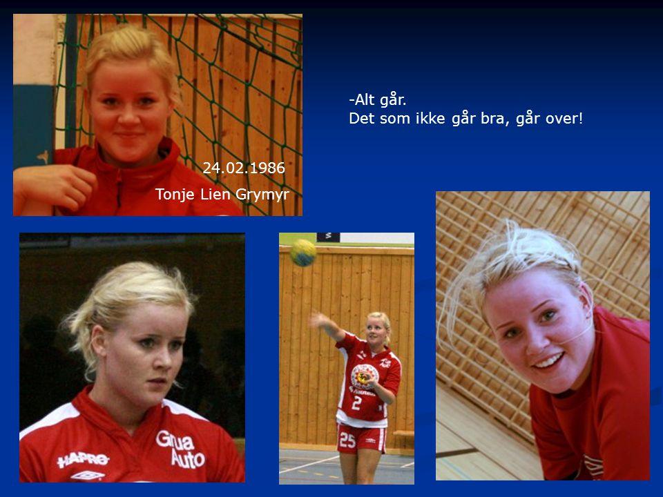 Anja Øversveen 17.04.87 Triatlonskoa Forsvar, angrep og kontra Heidi, Anja og Nina i Ælj-jakta.