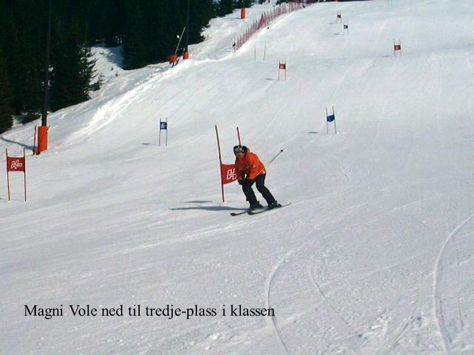 Magni Vole ned til tredje-plass i klassen