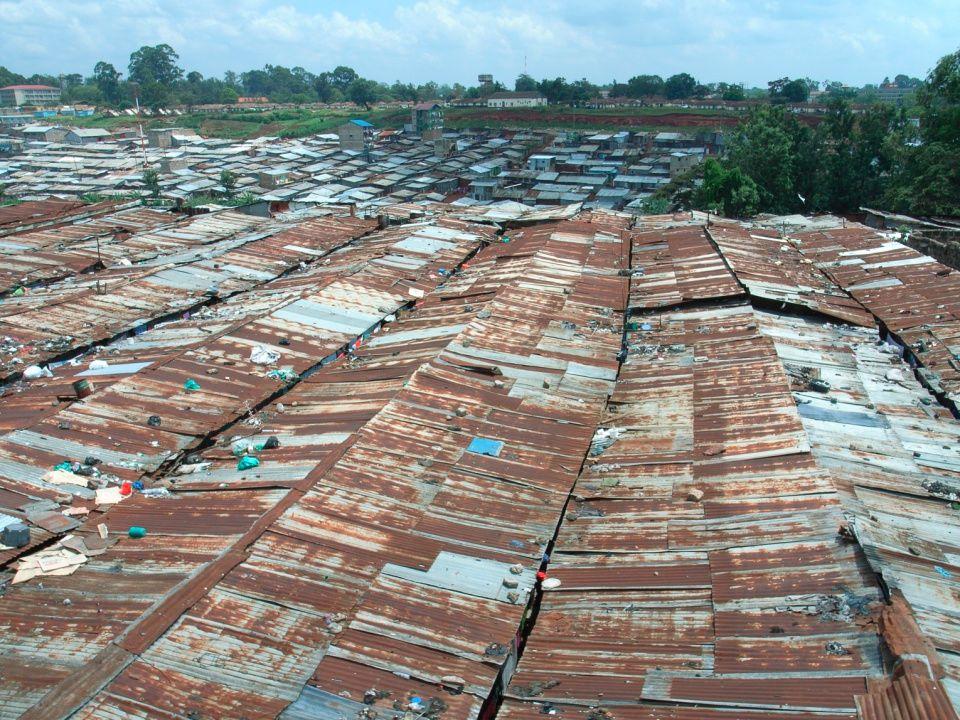 www.strommestiftelsen.no Mathareslummen I Mathare Valley bor over 750 000 mennesker i et stort slumområde 70% av disse er kvinner og barn