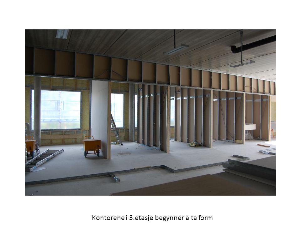 Kontorene i 3.etasje begynner å ta form