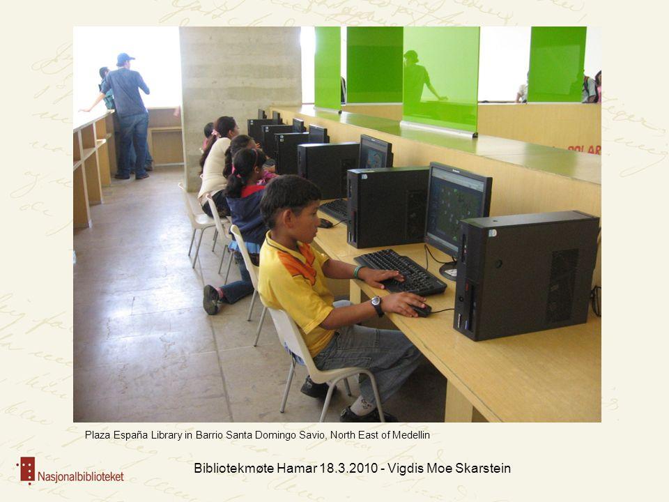Bibliotekmøte Hamar 18.3.2010 - Vigdis Moe Skarstein Plaza España Library in Barrio Santa Domingo Savio, North East of Medellin