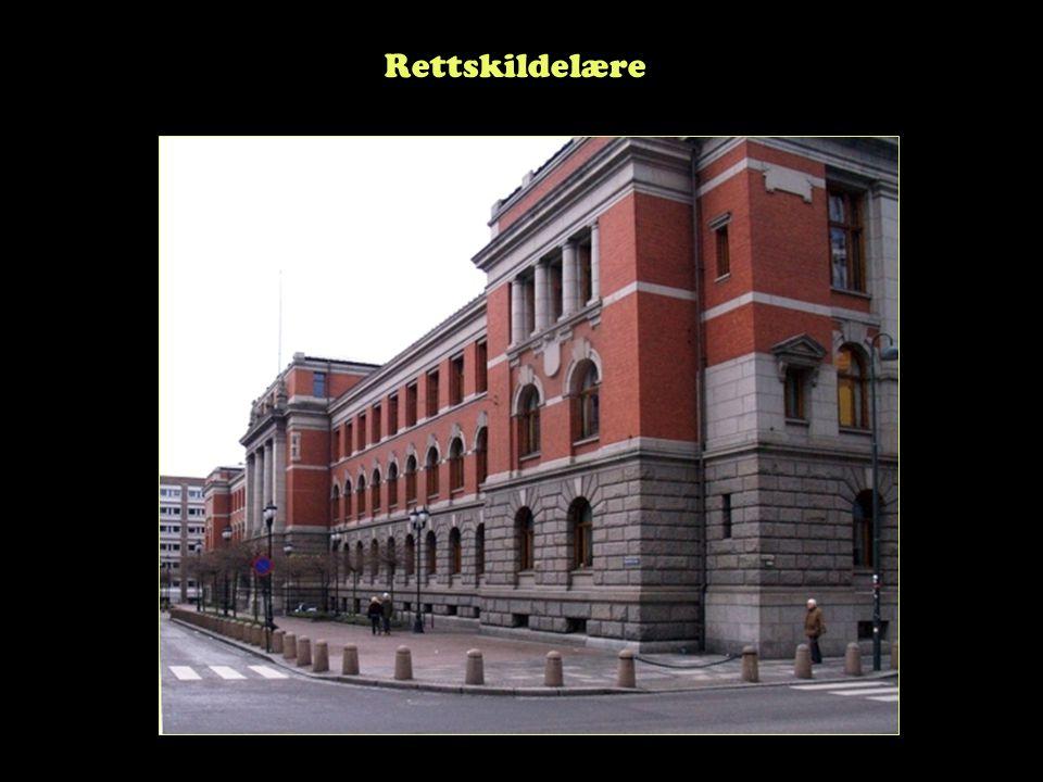 Steinar Taubøll - JUS100 UMB Lovprosessen: Regjeringens del -Regjeringen oppnevner sakkyndig komité -Komiteen avgir begrunnet forslag til lov (NOU) -Et departement sender forslaget til høring -Departementet vurderer NOUen og høringssvarene -Departementets forslag oversendes Stortinget som Ot.prp (Prop.