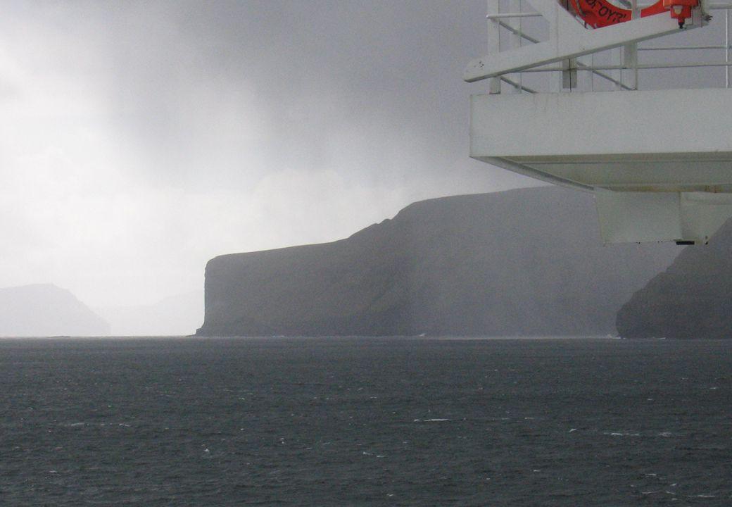 Farlig avfall 2009 - NORSAS, 16. sept. 37 Vakkert, men…. Kan man puste ut langt ute i Norsjøen – ved Færøyene?