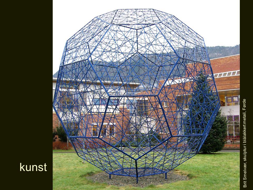 kunst Brit Smelvær, skulptur i blålakkert metall, Førde