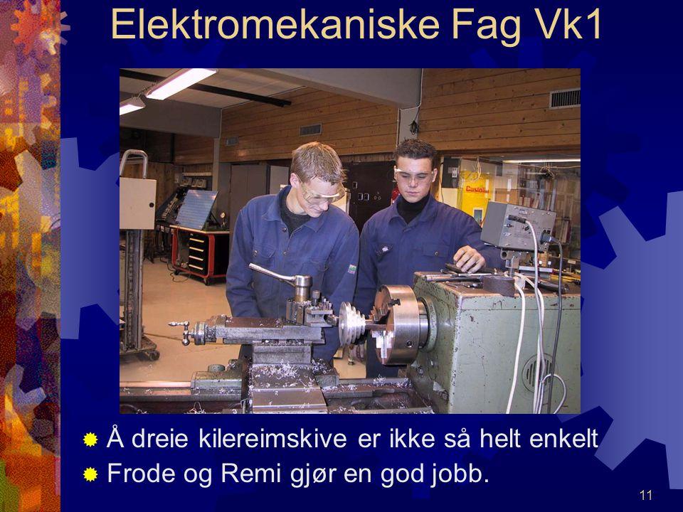 10 Elektromekaniske Fag Vk1 MMed en dreiebenk kan vi lage det meste. MMikael dreier her nytt håndtak til chucknøkkel.