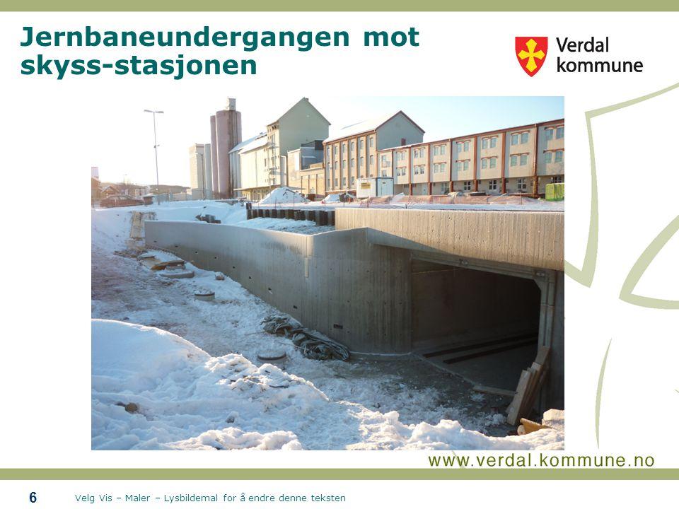 Velg Vis – Maler – Lysbildemal for å endre denne teksten Jernbaneundergangen mot skyss-stasjonen 6