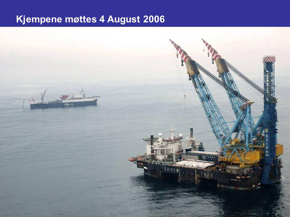 Date: 2007-09-26 Page: 12 Kjempene møttes 4 August 2006