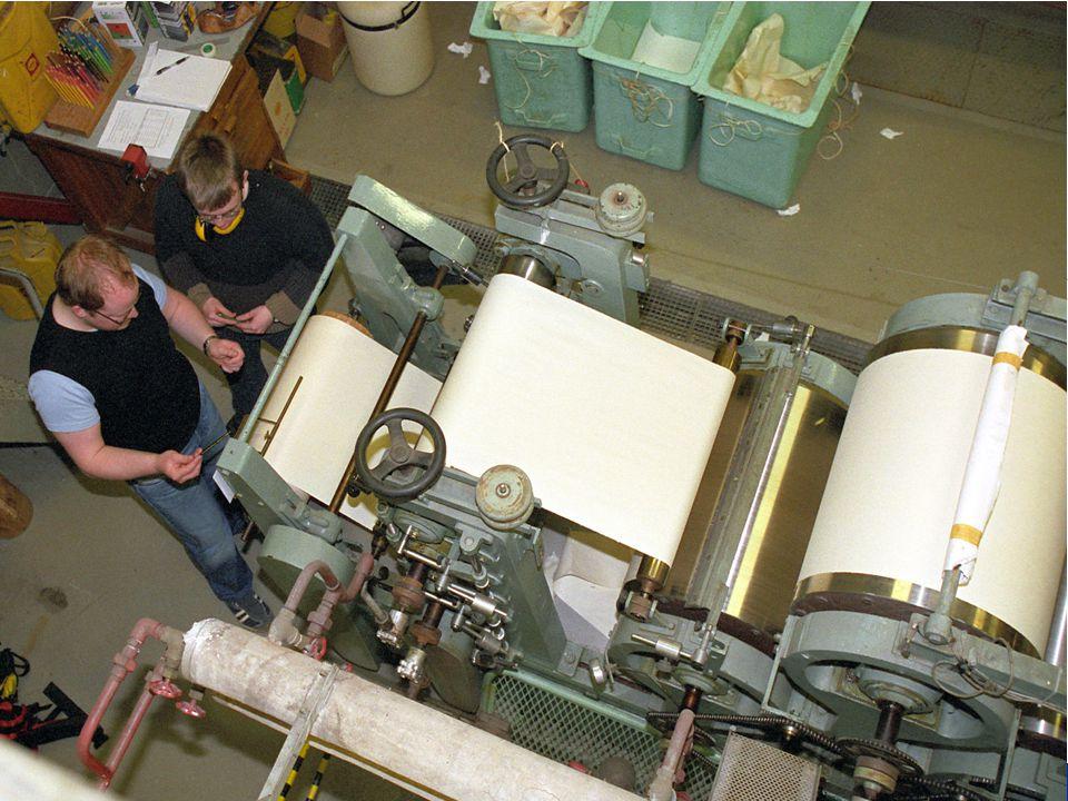 5 Papir og fiberteknologi, fordypningsemne, TKP 4750 Faget skal gi en grundig innføring i de produksjon og kvalitetsspørsmål som trenges for å drive en papirmasse eller papirfabrikk.