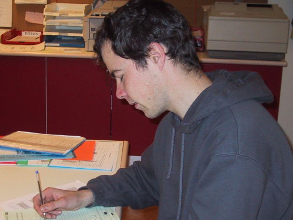 Johannesen & Øgrim, Haustseminar IKT i lærerutdanninga, 2001 Hva er Samarbeidsnettverket IT for lærere.