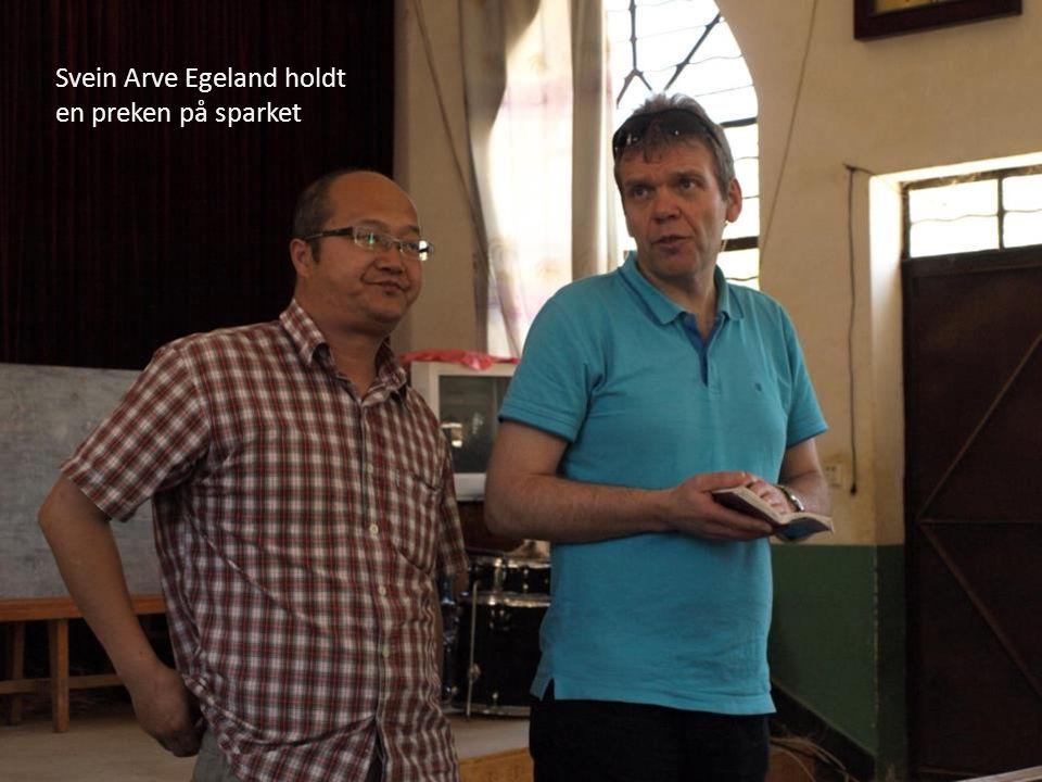 Svein Arve Egeland holdt en preken på sparket