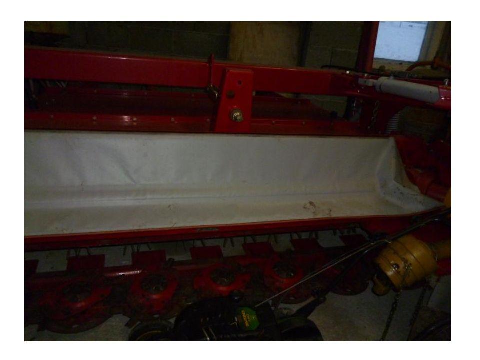 Slåmaskin Slåmaskinen er laget av metall.Den produseres i Japan på en Honda fabrikk.