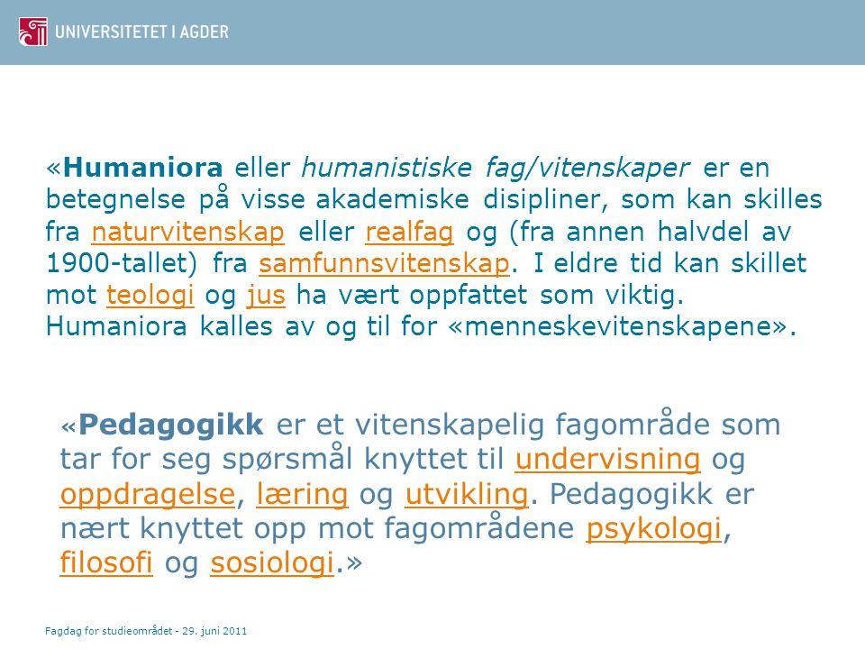 «Humaniora eller humanistiske fag/vitenskaper er en betegnelse på visse akademiske disipliner, som kan skilles fra naturvitenskap eller realfag og (fr
