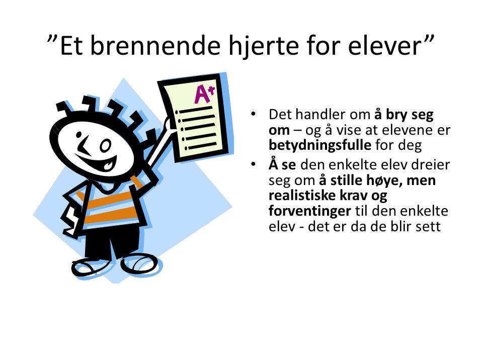 Foreldrelaget Ullern vgs Alle foreldre med elever ved Ullern vgs er medlemmer av foreldrelaget Hvert år 20-30 medlemmer i foreldrelagets styre.