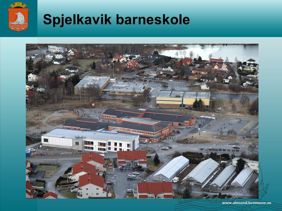www.alesund.kommune.no Spjelkavik barneskole 550 elever 80 ansatte Byggeår 1999 Utbygd i 2010