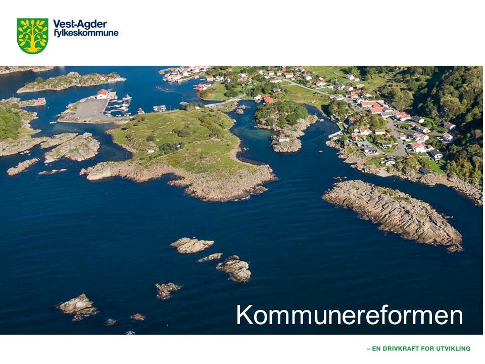 Kommunestruktur 2014 Høsten og fremover: Mange kommuner vurderer eller utreder samarbeid/ sammenslåing.