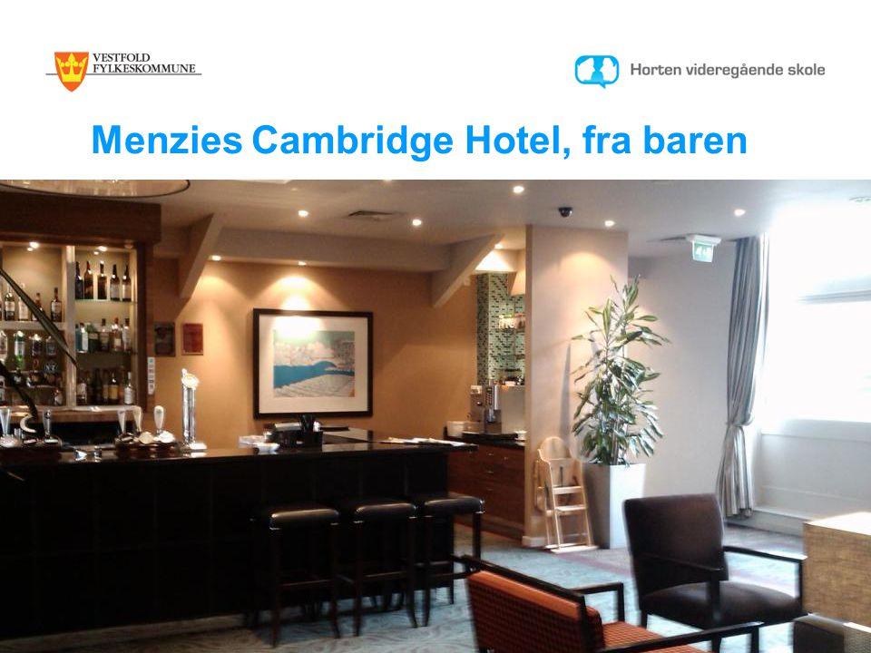 Menzies Cambridge Hotel, fra baren