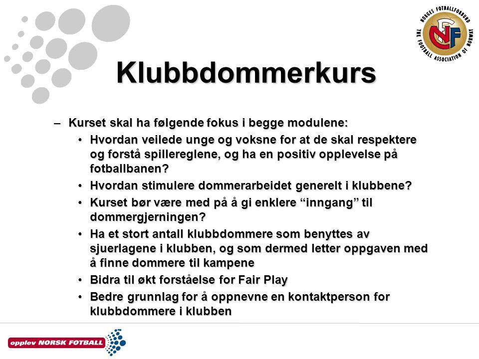 Klubbdommerkurs REGEL 14 – StraffesparkREGEL 14 – Straffespark –Alle spillere unntatt den som skal ta sparket, må være utenfor straffesparkfeltet, bak ballen og minst 5 m.